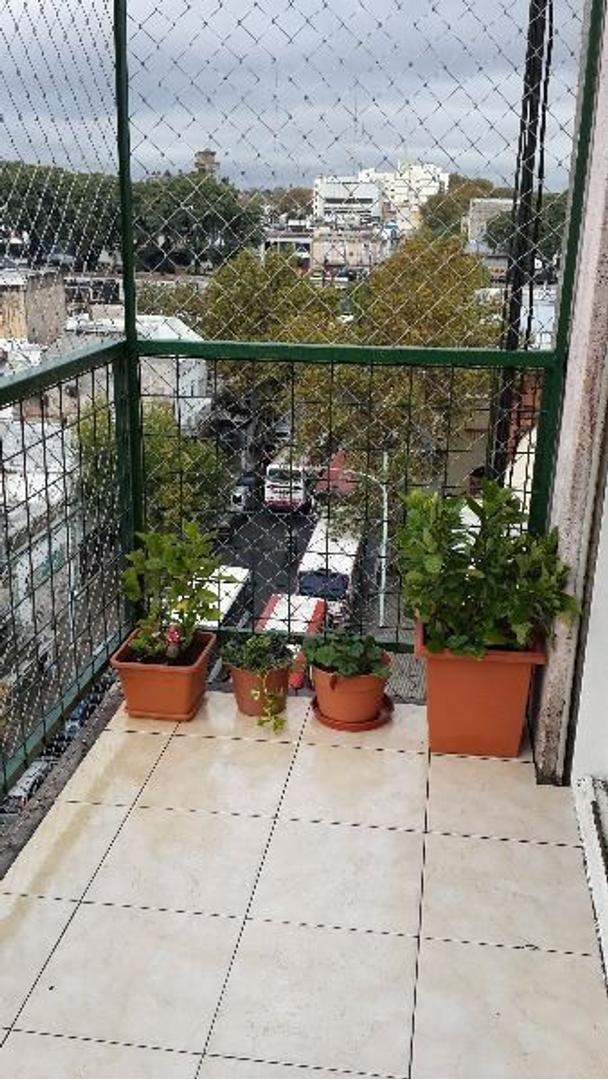 Excelente depto 3 ambiente frente balcon, reciclado a nuevo, Bajas Expensas! Gran Oportunidad!!!!