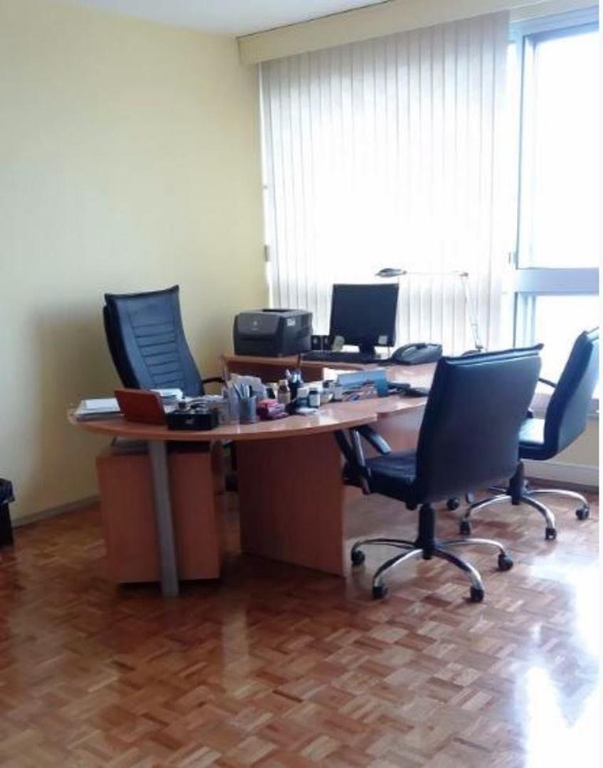 Departamento en Venta - 5 ambientes - USD 260.000