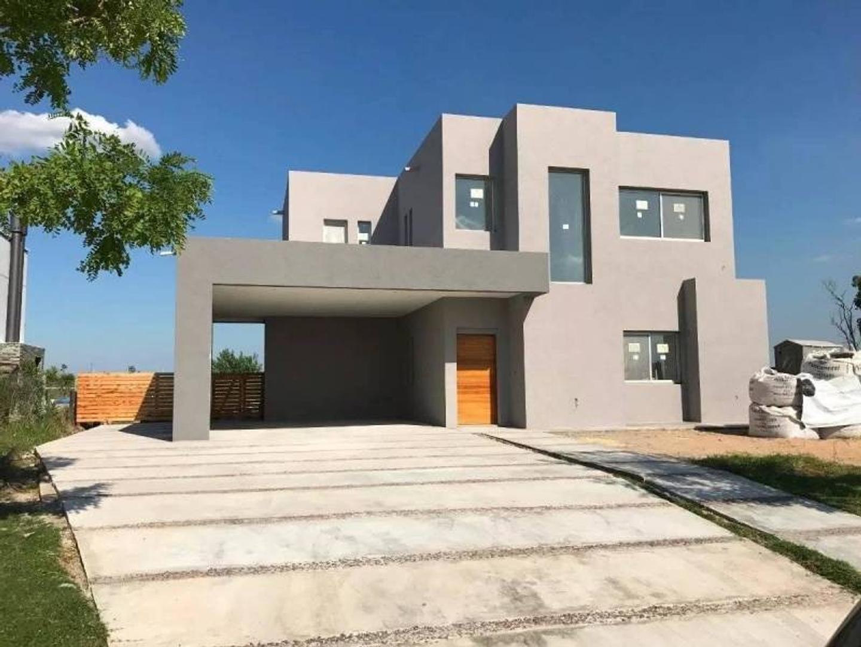 Casa en Venta en El Cantón - Barrio Golf