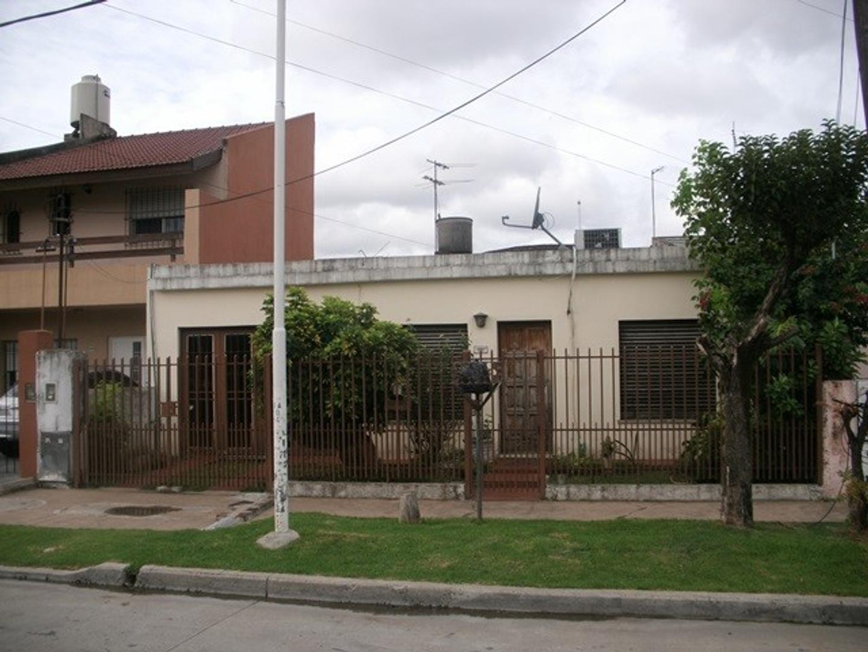 Casa - Venta - Argentina, La Matanza - AZURDUY 3664