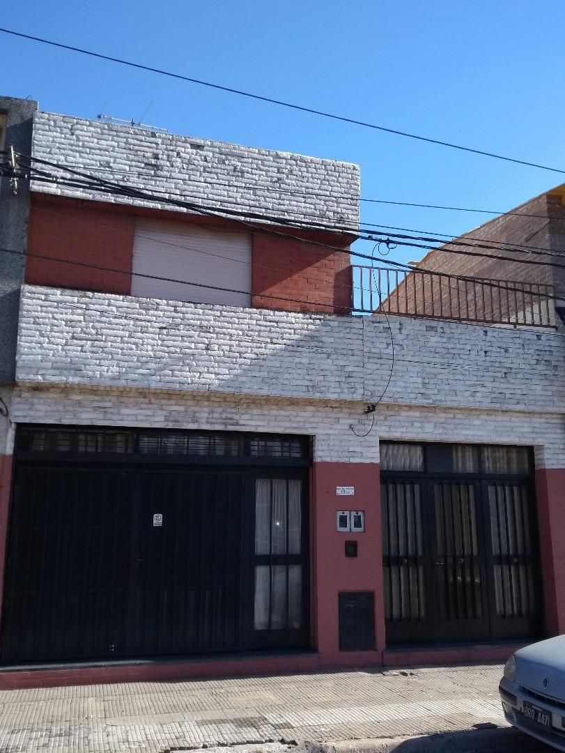 Casa en Venta en Rosario - 4 ambientes