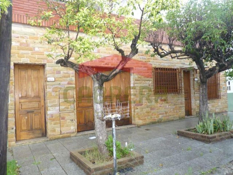 Casa en Venta en Villa Martelli - 6 ambientes