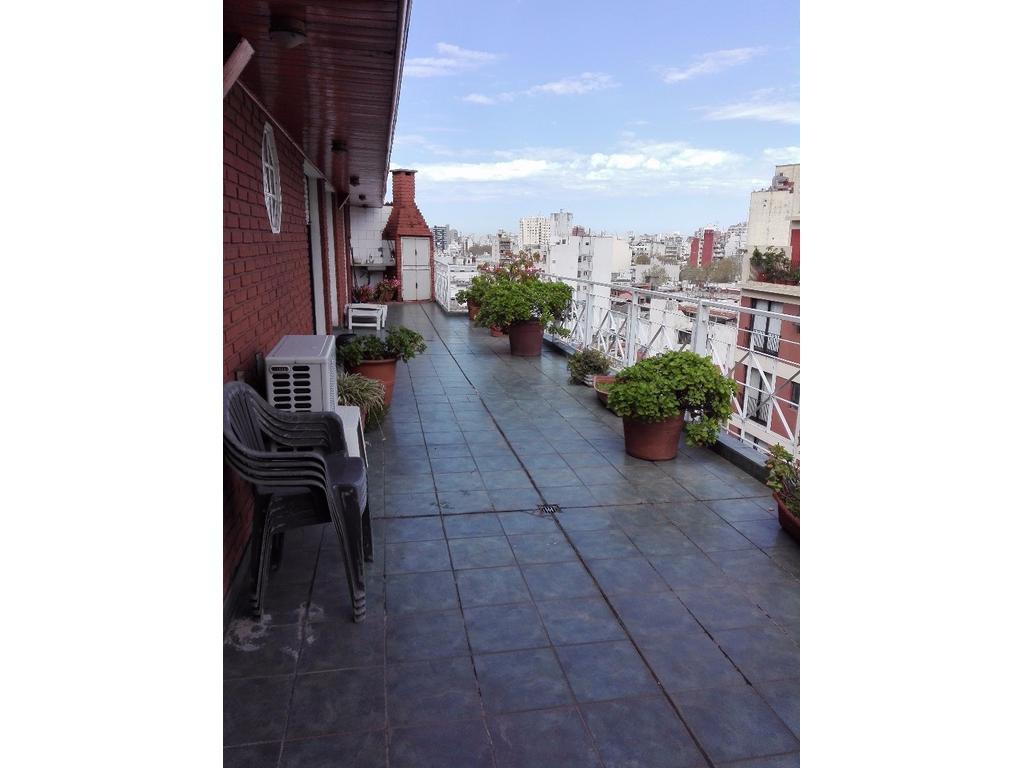 Hermoso duplex de 160 m² con cochera y balcon terraza