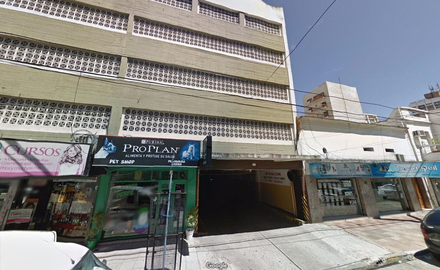 Cochera en Quilmes Centro, Alem al 200