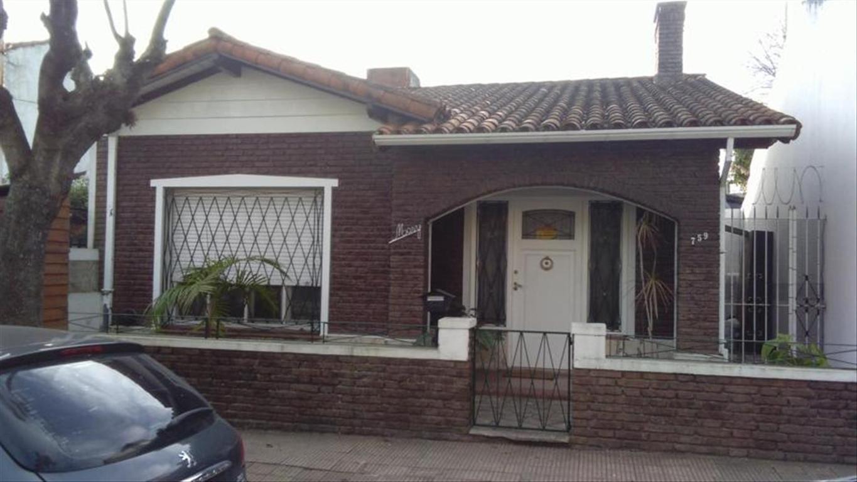 Casa en Venta de 3 ambientes en Buenos Aires, Pdo. de San Fernando, Victoria