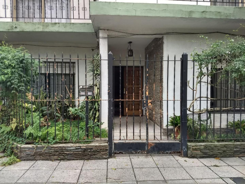 -PH tipo casa en planta baja y con entrada independiente, linda ubicación-