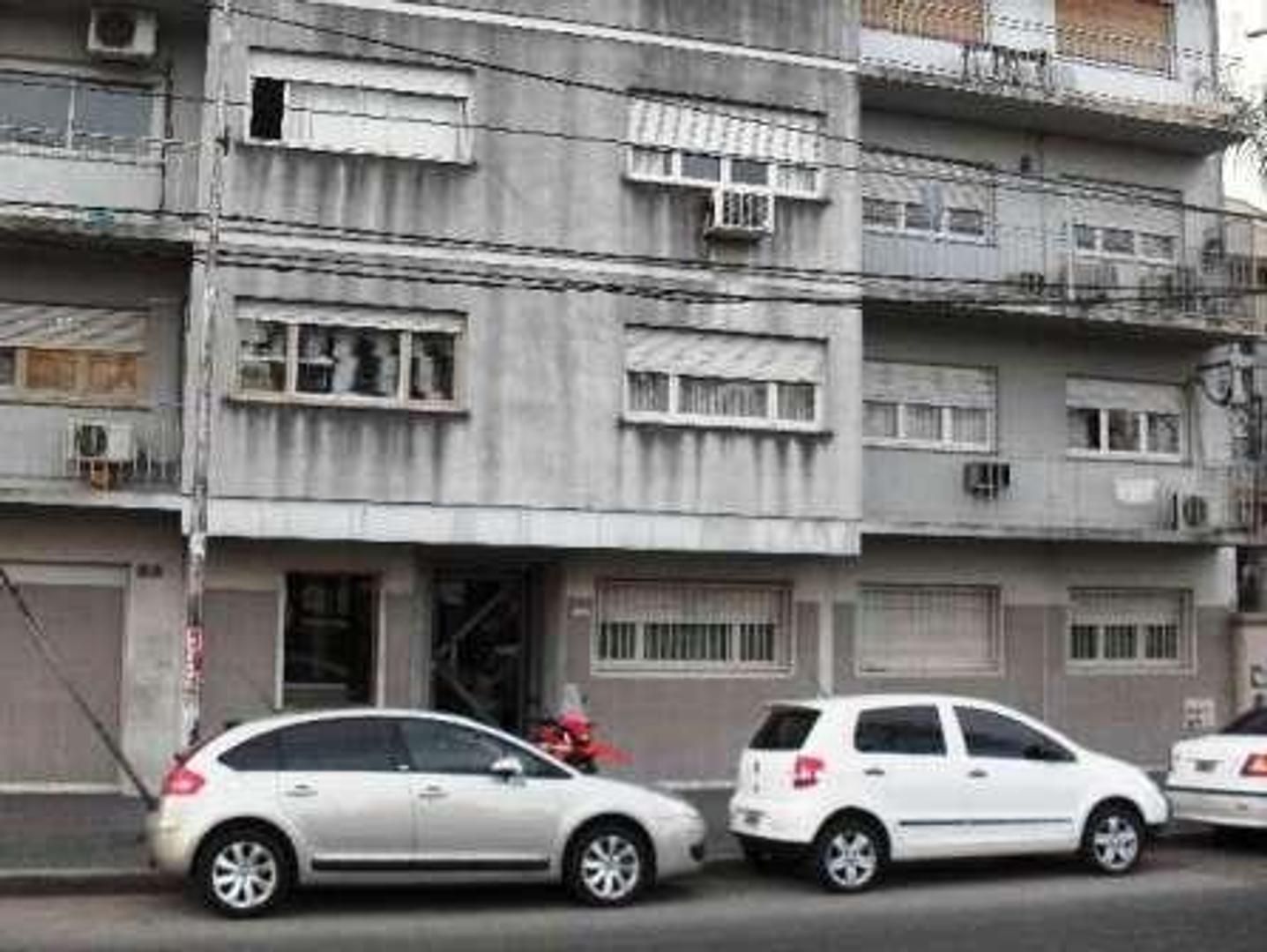 XINTEL(MGG-MGG-1673) Departamento - Venta - Argentina, La Matanza - ALEM, LEANDRO N 355