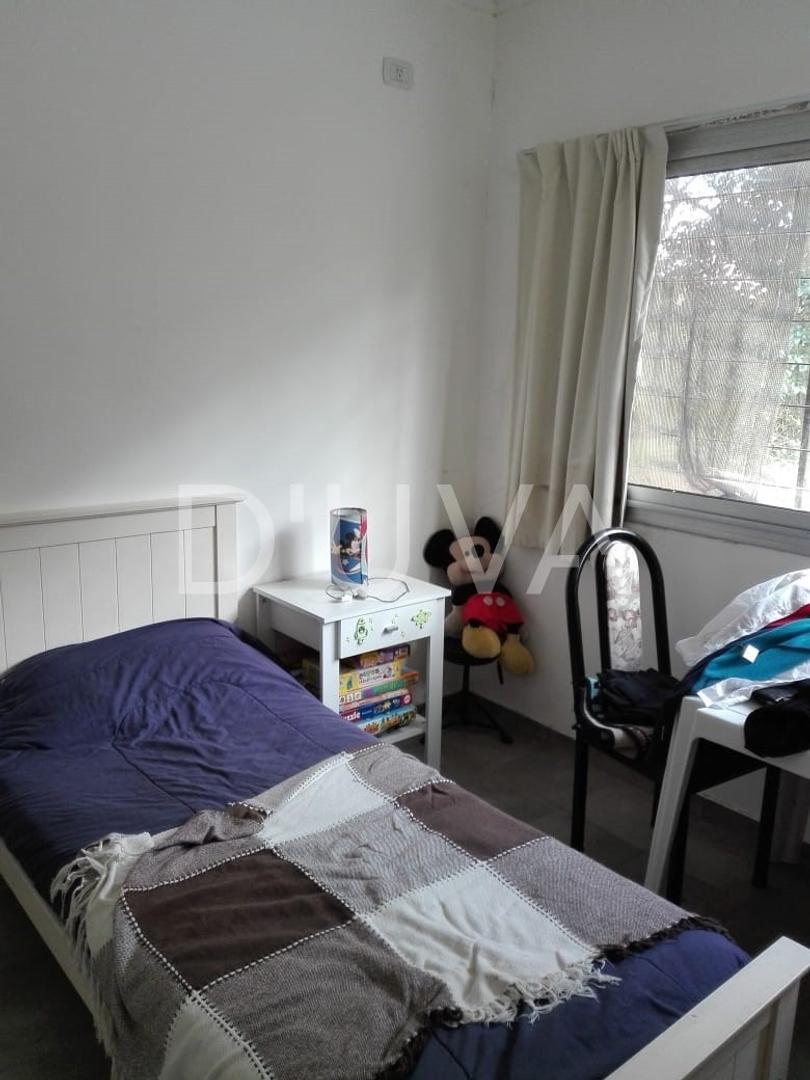 Casa en Alquiler en Villa Elisa