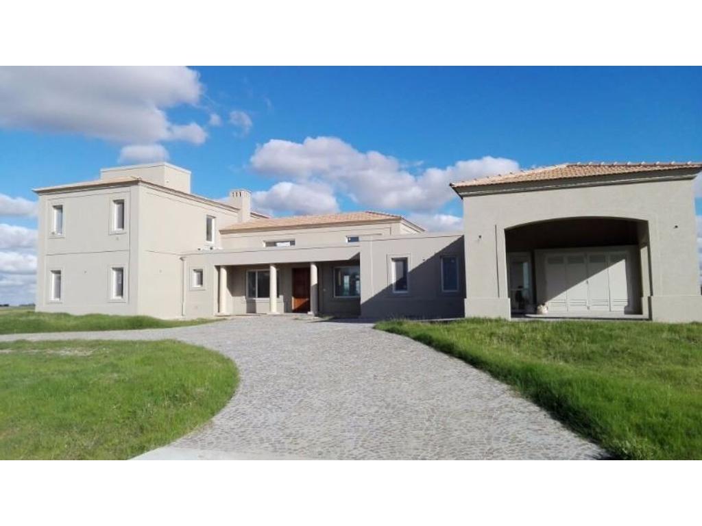 Estancia Villa María - Impresionante propiedad a estrenar sobre golf y laguna,  !!!!!! FINANCIACIÓN