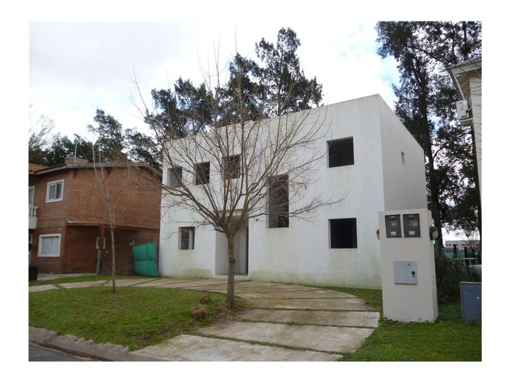 Exc. oportunidad: Casa a terminar en Las Orquideas