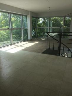Amplia oficina/departamento 73 m2 en Dx c/coch a estrenar a mts Ltdor y centro comercial T de la C