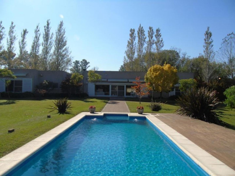 Casa Quinta en Villa Elisa, La Plata