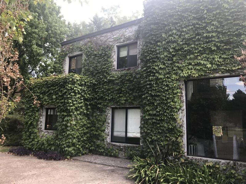 Casa en Alquiler en Canning - 6 ambientes
