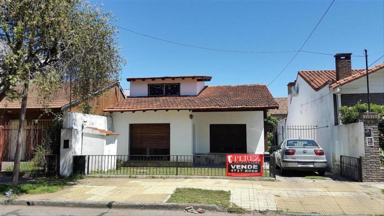 Casa en Venta de 3 ambientes en Buenos Aires, Pdo. de San Isidro, Boulogne, Barrio Malvinas