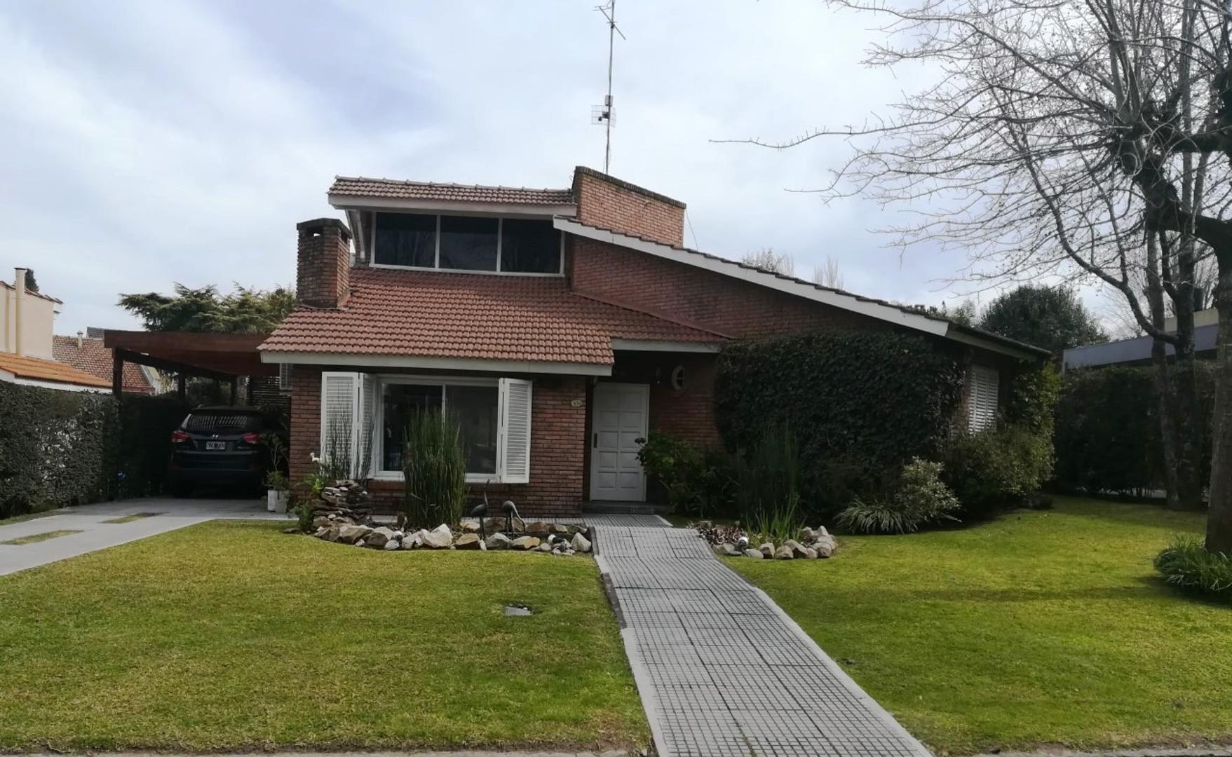 Casa en Venta en Campo Chico - 6 ambientes