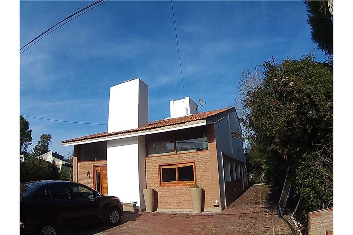 Casa 2 plantas - Náutico Escobar-Golf II