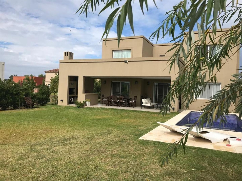 Casa en Alquiler en Las Liebres - 5 ambientes