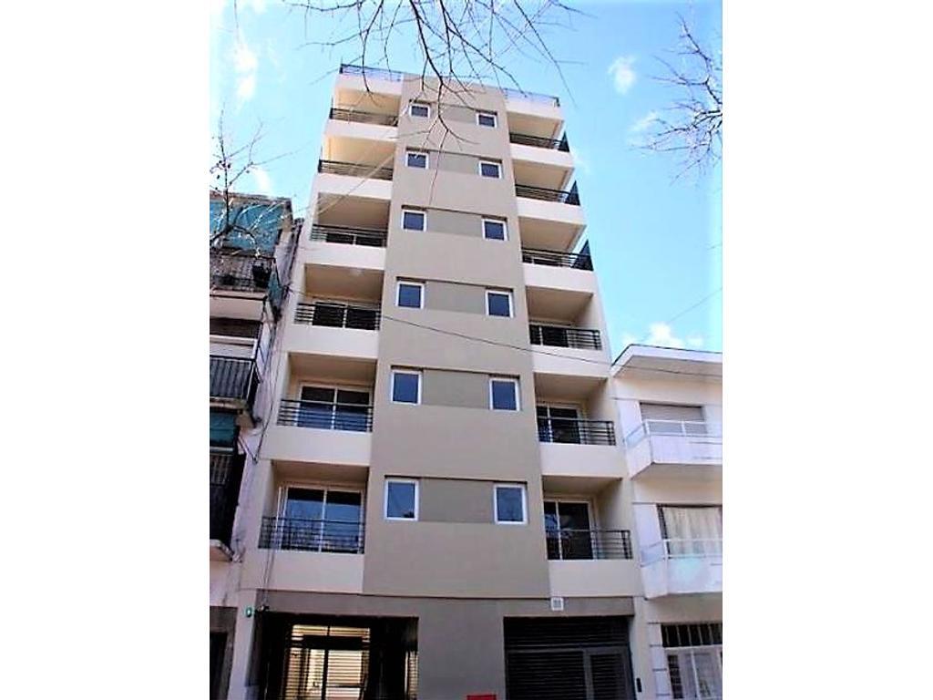 Saavedra 600 - Monoambiente con Balcón