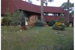 Chalet zona Residencial  Alquiler