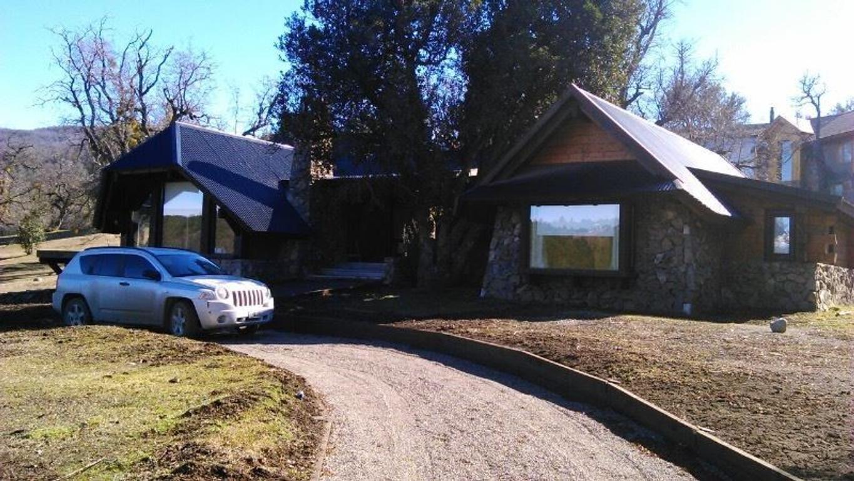 Muy buena Casa de Montaña con excelentes vistas en Peñon del Lolog !!!
