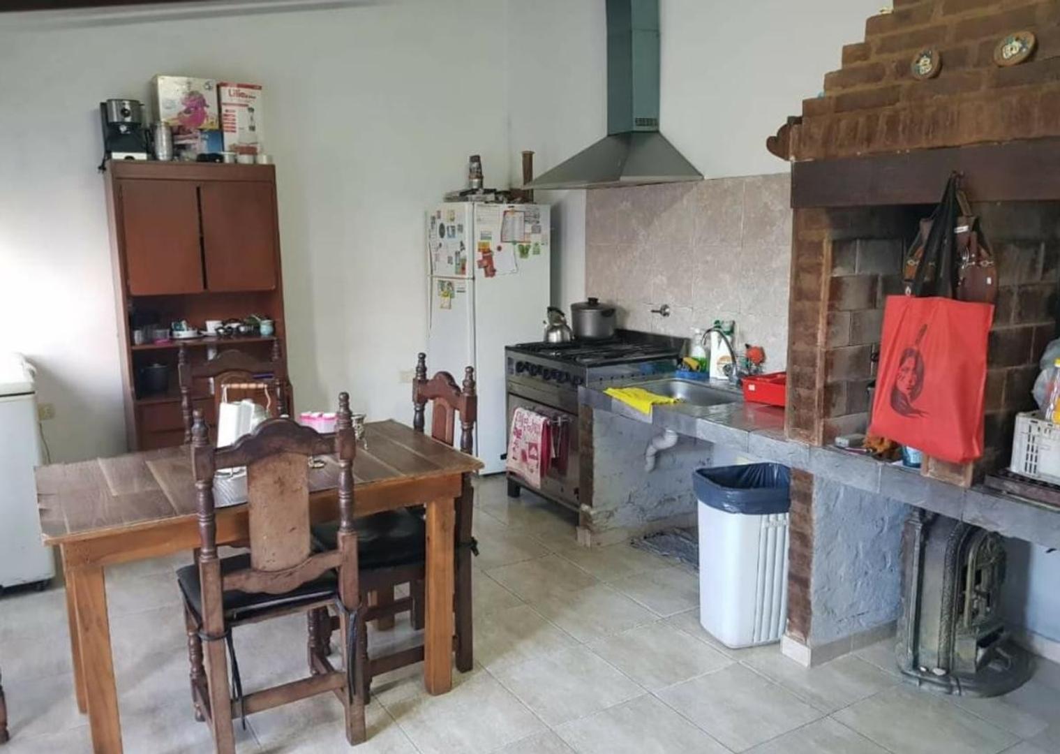 Casa 3 dormitorios-Lote 415 mts 2 y 230 mts 2 cubiertos- APTA BANCO - Villa Elvira - Foto 17