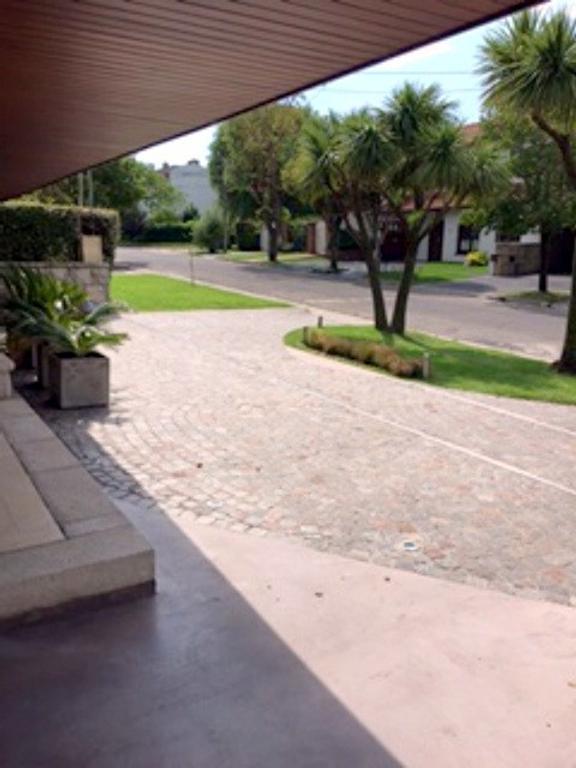 XINTEL(MUI-MUI-2575) Casa - Venta - Argentina, Mar del Plata - LAVALLE  AL 4400