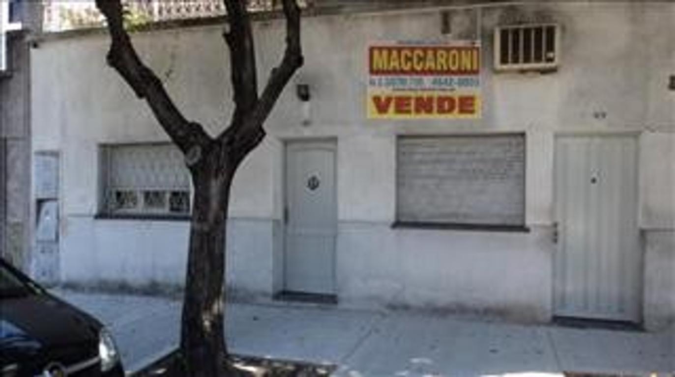 Departamento tipo casa en Venta de 3 ambientes en Capital Federal, Mataderos, Barrio Naón