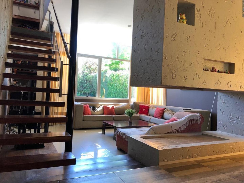 Casa en Venta en El Jacaranda - 6 ambientes