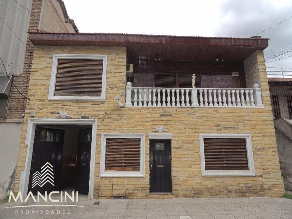 Casa Multifamiliar Lote Propio 10x33 - 2 Plantas + Galpon y Cocheras