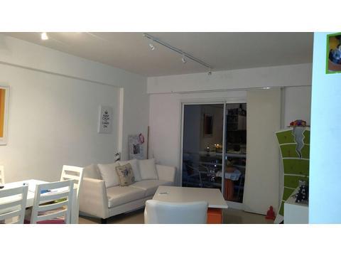Departamento 2 ambientes en Quilmes Centro.Próximo a Plaza Conesa. 51 m2. Bajas expensas.