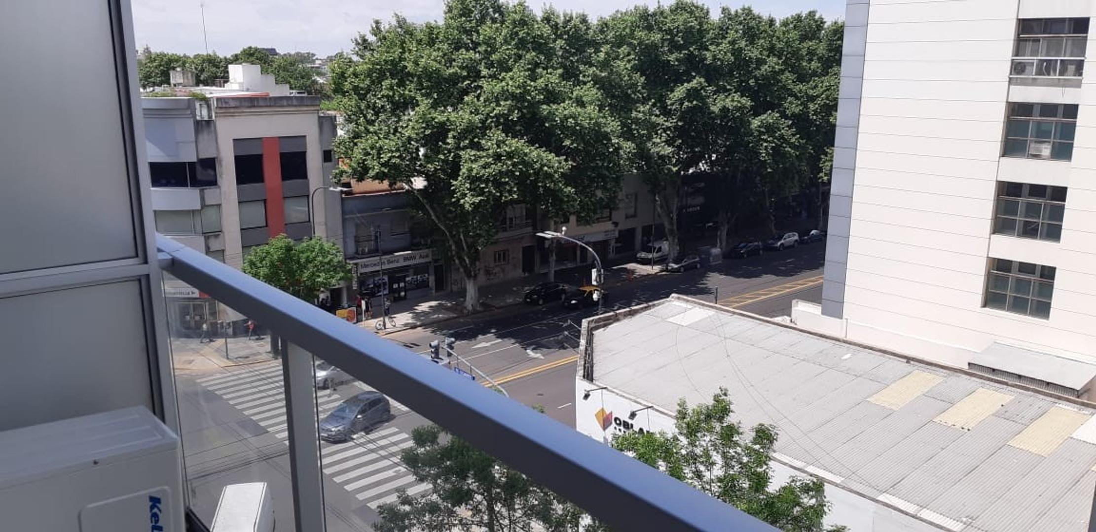 Departamento Amplio monoambiente dividido frente Nuñez - Foto 12