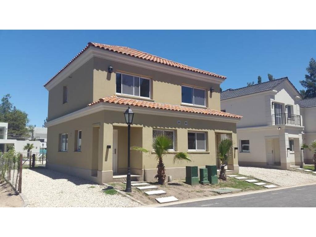 Casa en alquiler en duplex en alquiler boulevard del sol for Casas de alquiler en