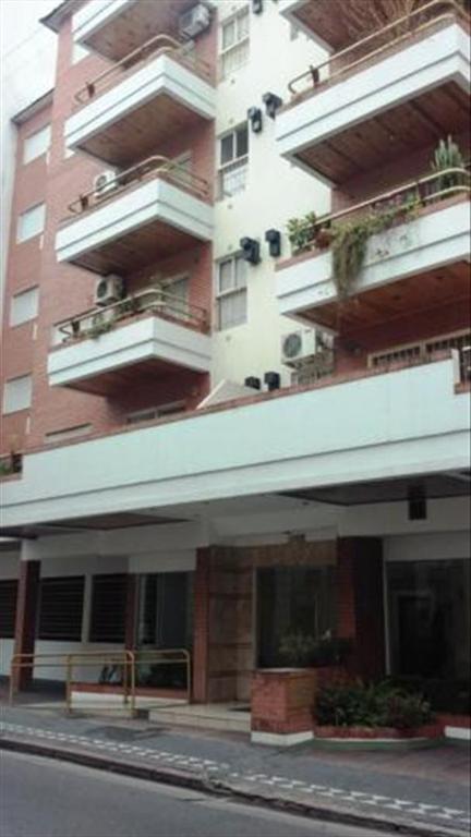 Departamento en Alquiler de 2 ambientes en Capital Federal, Centro, Monserrat