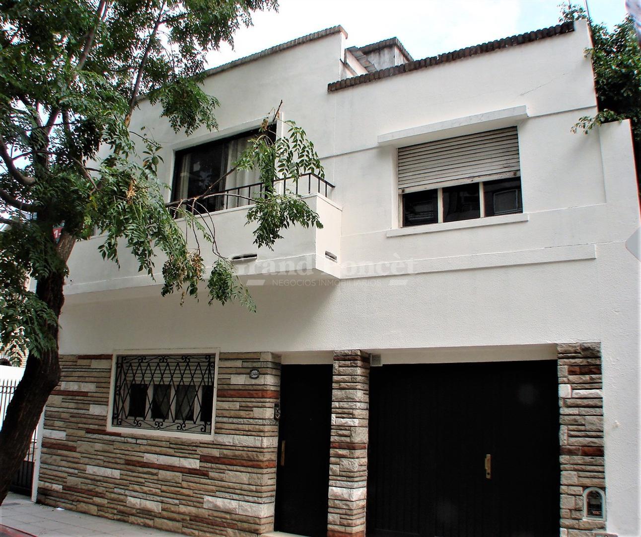 Casa en Venta en Villa Urquiza - 7 ambientes