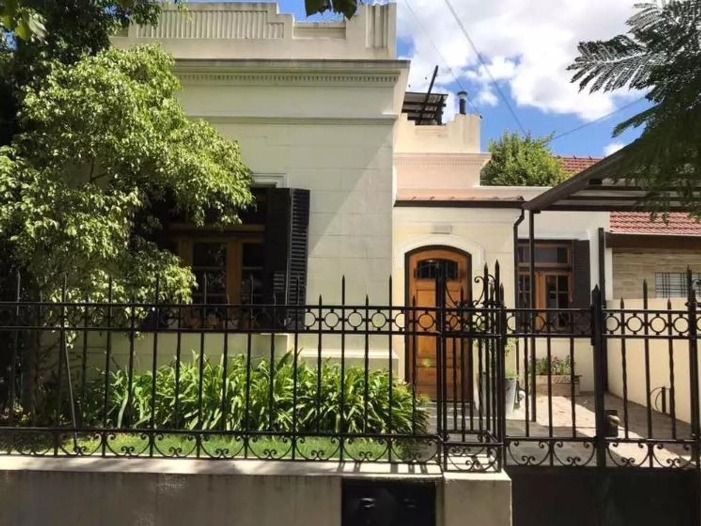 Casa en Venta en Ituzaingo - 4 ambientes