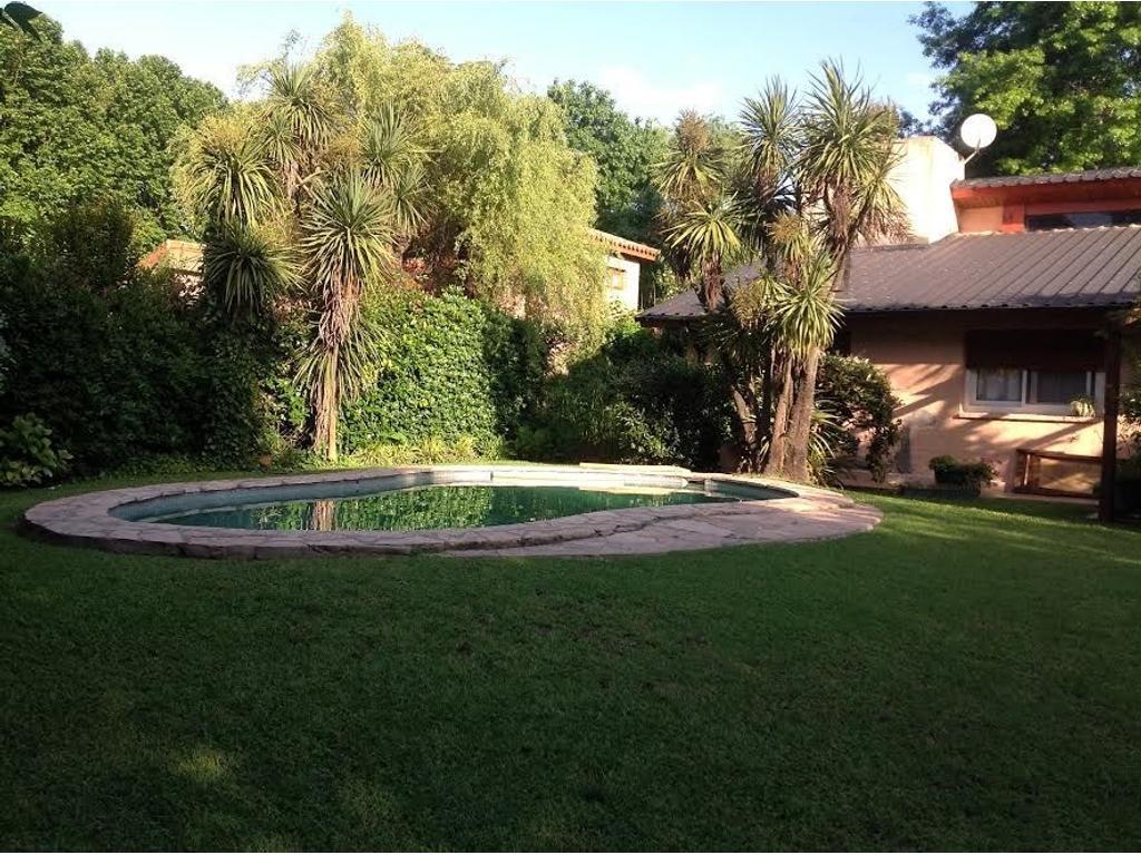 Casa  en Venta ubicado en Highland Park CC, Pilar y Alrededores - PIL3542_LP160948_1