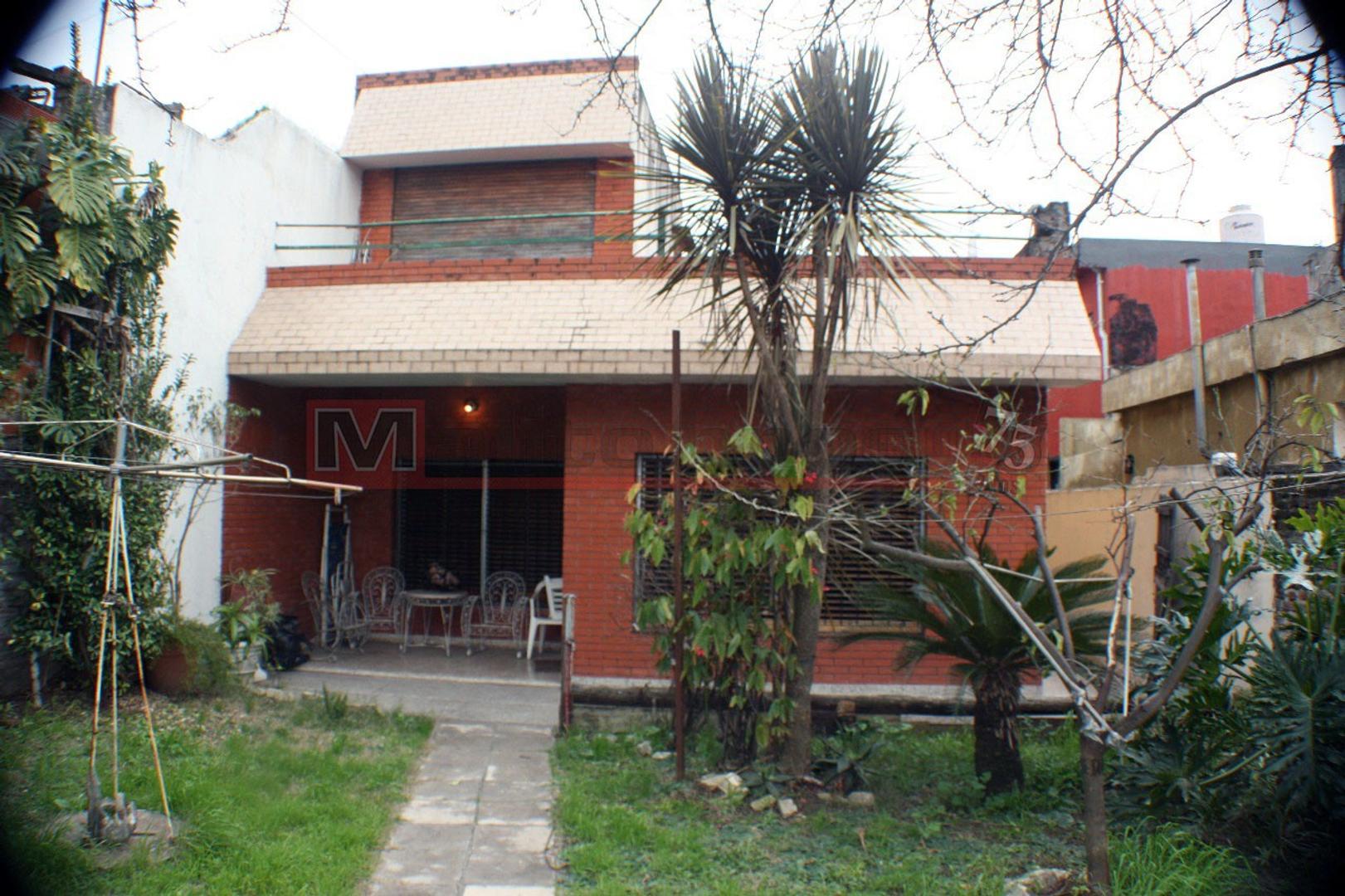 Casa en alquiler en dr j i de la roza 5900 villa lugano for Casa de muebles capital federal