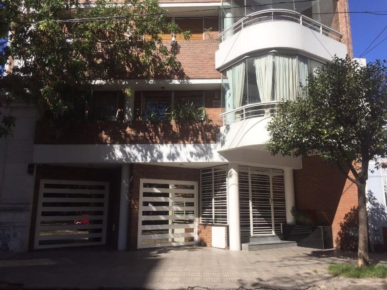Departamento en Venta en Villa Luro - 4 ambientes