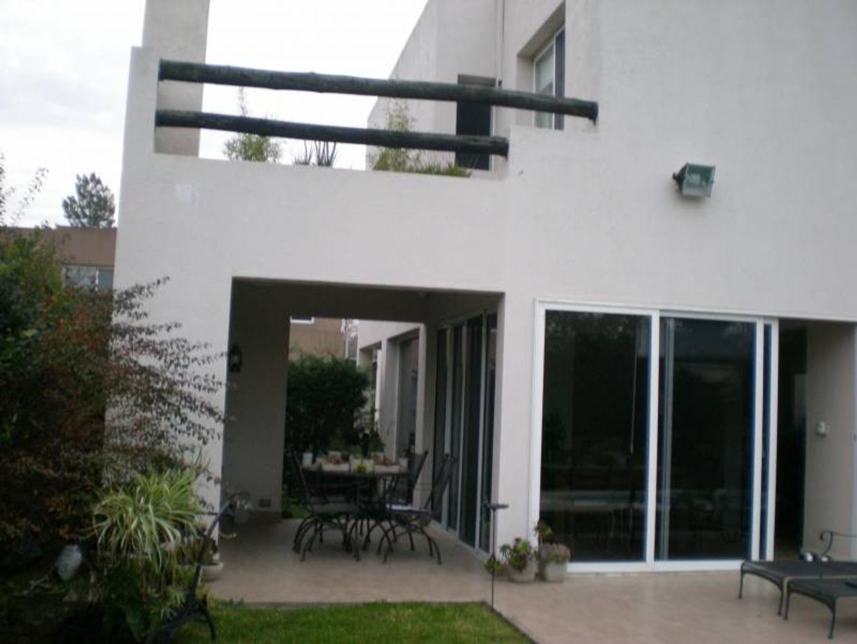 Casa en Venta en California Village
