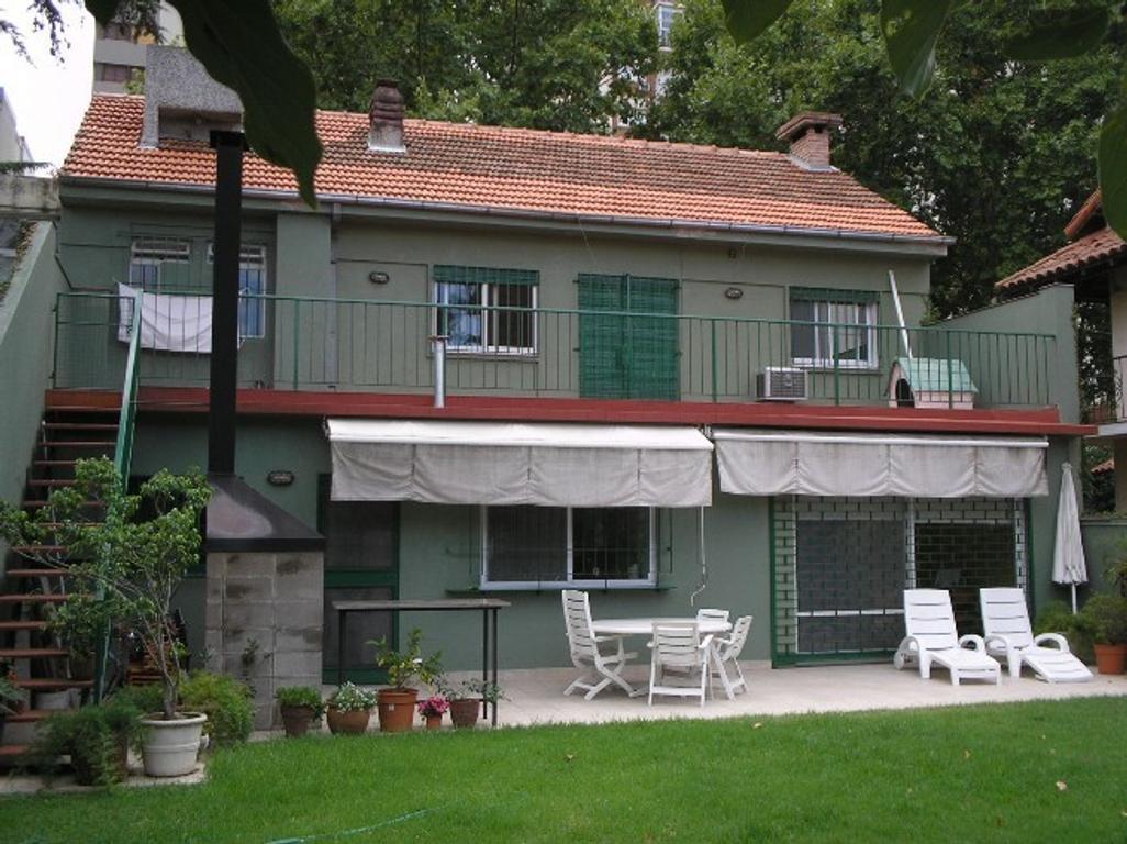 Casa - Venta - Argentina, VICENTE LÓPEZ - AZCUENAGA 1900