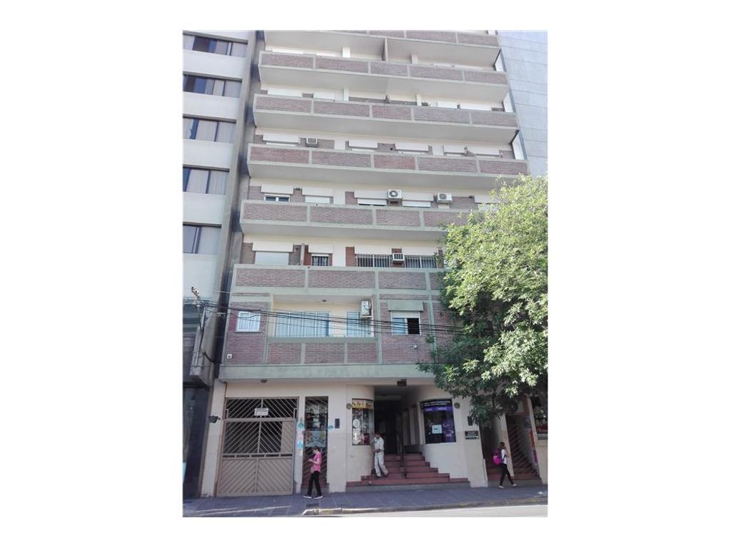 Alquilo departamento en Av. Belgrano
