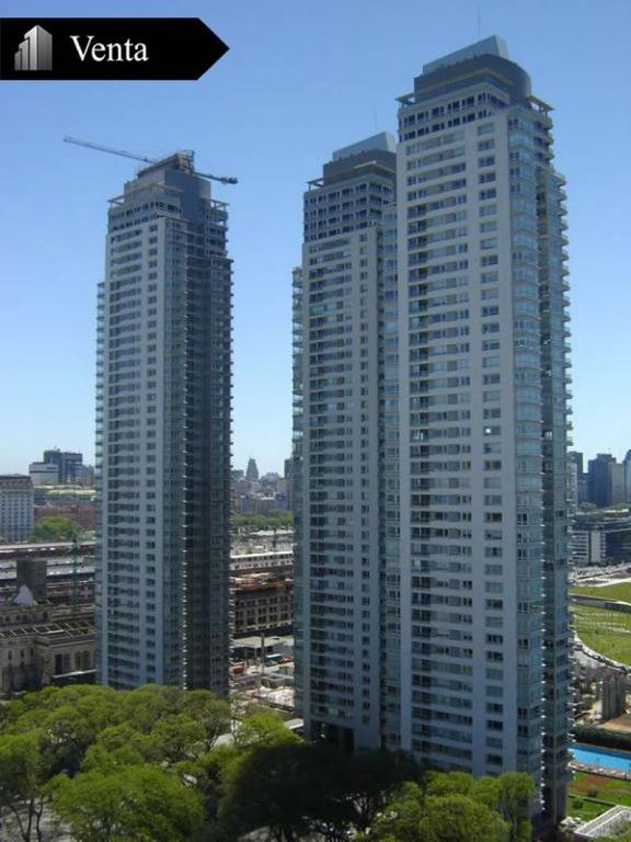 Azucena Villaflor Al 500 - 3 Ambientes con 2 Cocheras en Edificio Leparc.