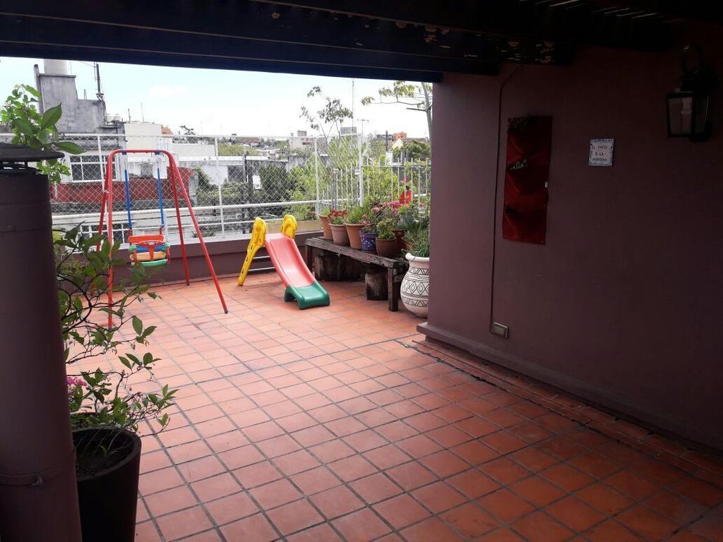 Espectacular Duplex 150 mtrs  Super moderno  Impecable  con terraza y cochera