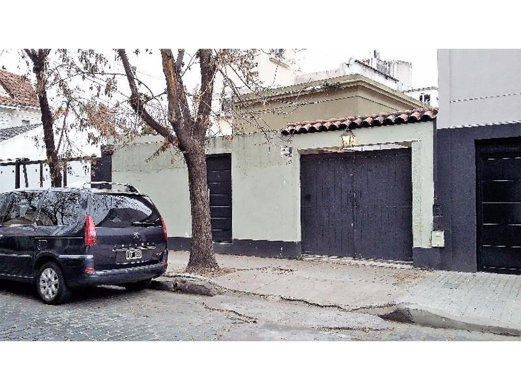 CASA 3 AMBIENTES CON PATIO;COCHERA;PARRILLA Y TERRAZA