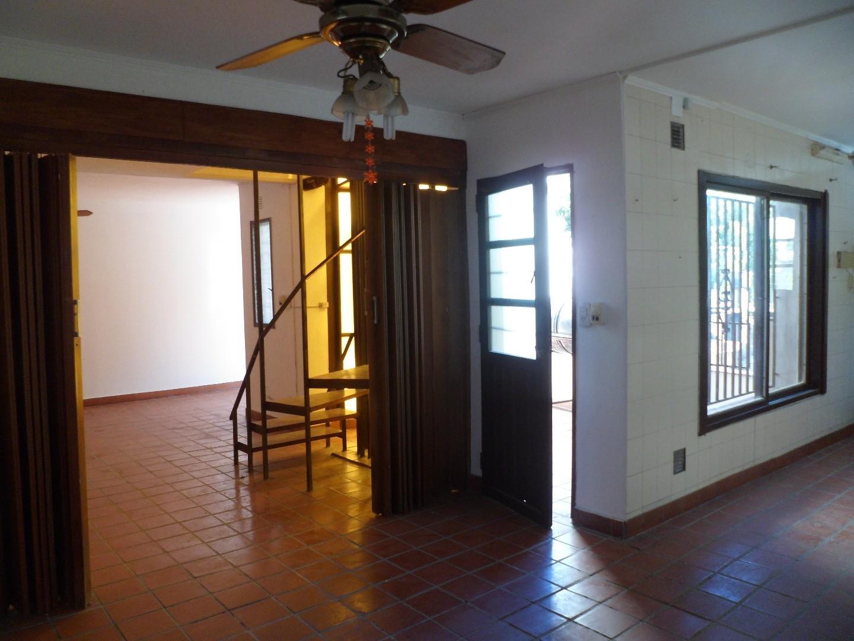 MB Negocios Inmobiliarios VENDE DPTO 4 DORMITORIOS. Pasillo. Pasaje Fernandez 950 bis