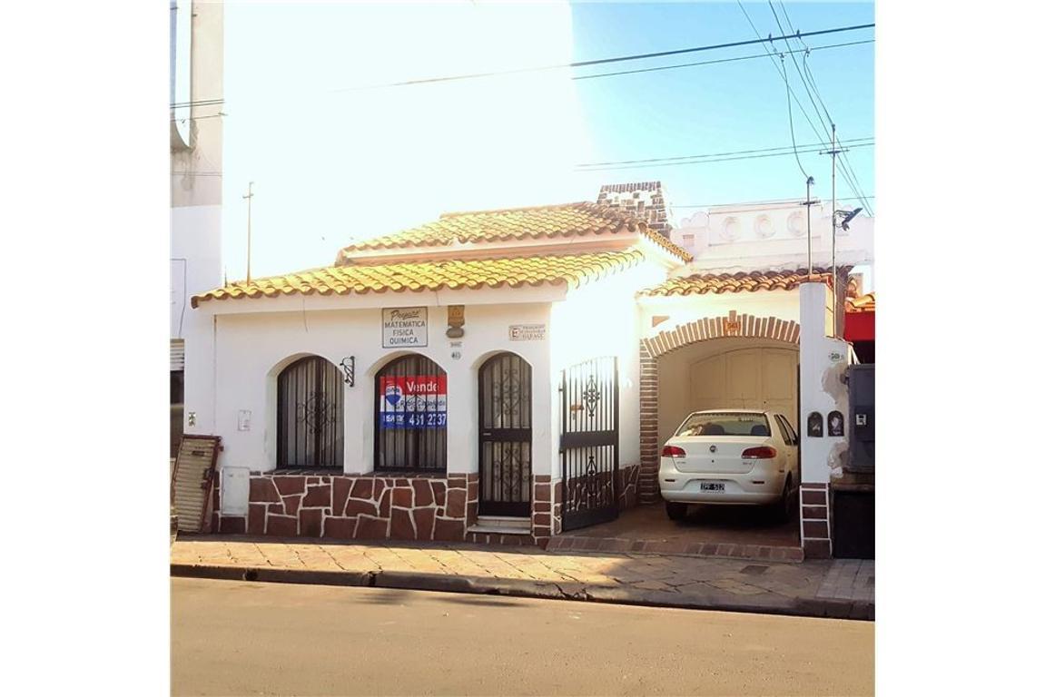 Casa en venta en Exelente Ubicación !!