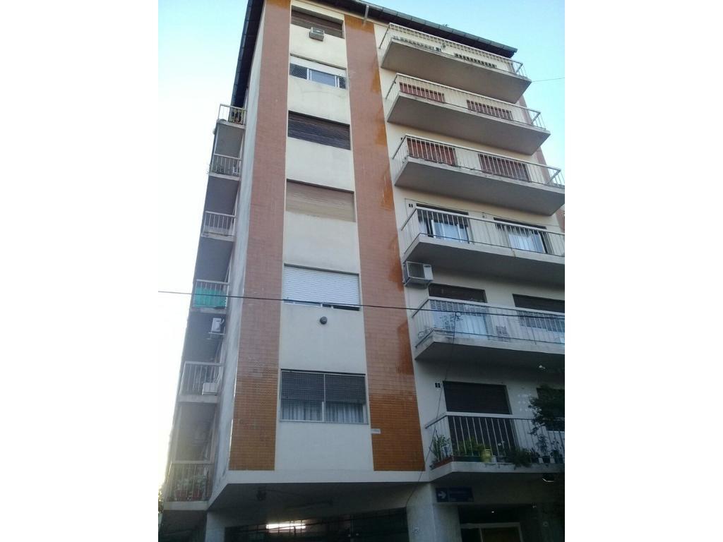 2 ambientes c balcon a cuadras de av. avellaneda y av. boyaca