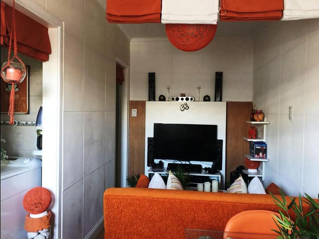 Divino departamento 2 ambientes con balcon aterrazado. Sin expensas. Muy buena ubicacion.