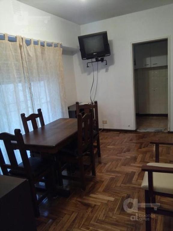 Belgrano. Departamento 2 ambientes. Alquiler temporario sin garantías.