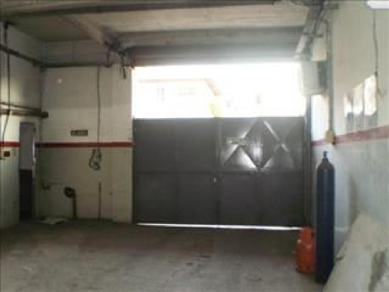 Galpón 1800m2 s/lote de 33x35, FM, Gas Industrial